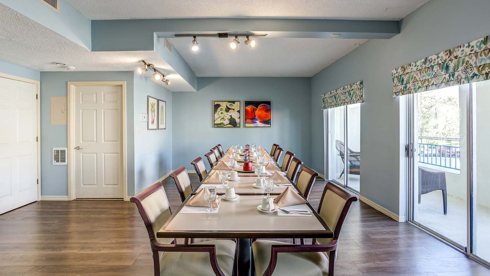 Private dining room at Heron Club assisted living and memory care in Sarasota Florida