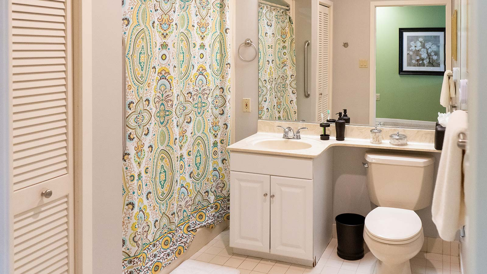 Model apartment bathroom at Heron Club assisted living and memory care in Sarasota Florida